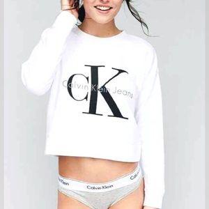 [Calvin Klein] White Crop Sweatshirt Size Medium